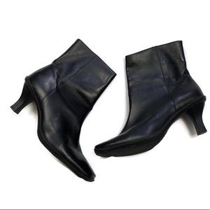 Antonio Melani Black Leather Booties 8.5 - EUC